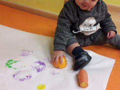 Creando arte con los frutos de la huerta