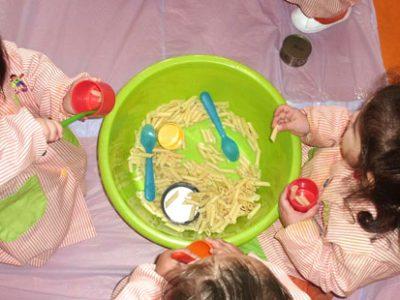 Nos encantan los macarrones, dentro y fuera del plato